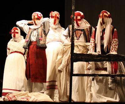 Донецк культурно познакомился с ивано-франковски театром.