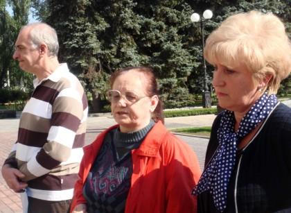 От законного строительства в центре Донецка может рухнуть полувековой дом